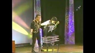 ザ・ラツキー(幸治・舞・優)のアクロバットジャグラーショー 1999年...