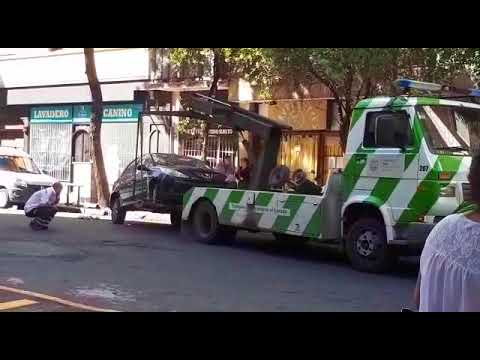 Acarrean un vehículo en infracción en el centro de Mar del Plata
