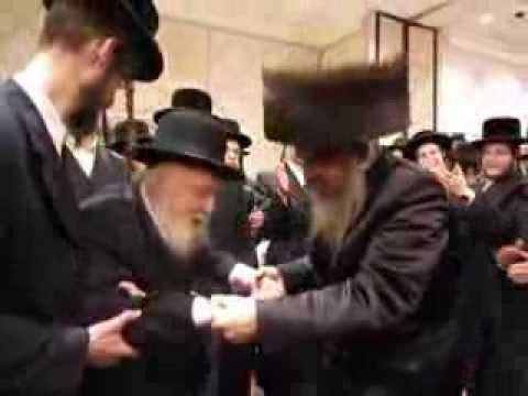 Mateh Efraim Wedding - Rosh Yeshiva Shaarei Yosher Dancing