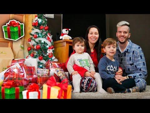 NATAL 2018 DA FAMÍLIA BRANCOALA!! Abrindo Presentes que Papai Noel Deixou na Árvore
