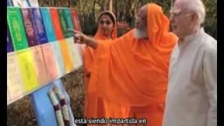 La Vida y La Obra de Swami Dayananda Saraswati - The Life and Work of Swami Dayananda Saraswati
