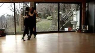 To tango tis nefelis