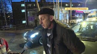 'Поцелуй' двух авто разозлил водителей в аварии на Юмашева
