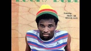 Lucky Dube - Rastas Never Dies