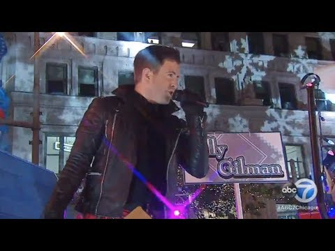Billy Gilman : Get It  Got It  Good - Magnificent Mile Lights Festival Parade, Chicago IL 11/19/17