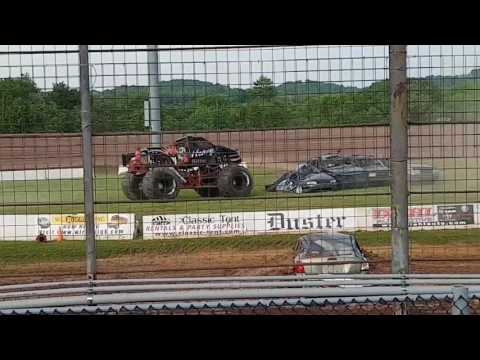 Heavy Hitter Monster Truck freestyle at Lernerville Speedway