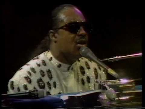 Stevie Wonder - That Girl, Live