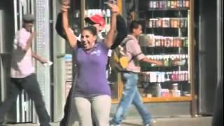 El hermoso spot publicitario del Banco de Venezuela - Pastor Maldonado