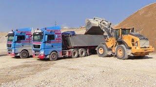 Volvo L180H Wheelloader Loading Trucks