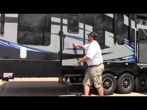 2017 Keystone Fuzion 369 Fifth Wheel Toy Hauler
