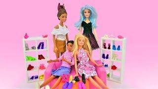 Куклы Барби - Покупаем новую обувь. Видео для девочек.