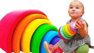 Видео игры для малышей - Учим цвета с Пирамидкой! - Развивающие ДаДа игрушки для детей