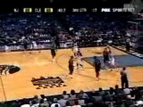 Cleveland Cavs 2002-03 - Smush Parker Steal & Dunk