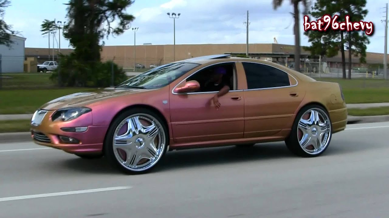 Outrageous Chrysler 300 On 26 Quot Dub Cream Floaters Driving