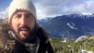 Guillermo Ferrara desde lo alto de una montaña. Del valle a la cima de tu vida.