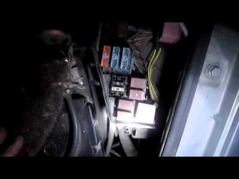 Заглохла машина Рено Логан (Renault Logan) - Видео приколы ржачные до слез