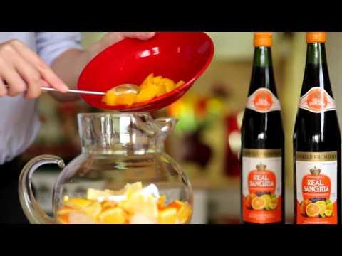 How To Make A Traditional Sangria (Real Sangria Recipe)