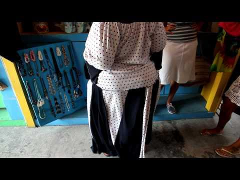 Bahamas Cable Beach Straw Market Booty Shake