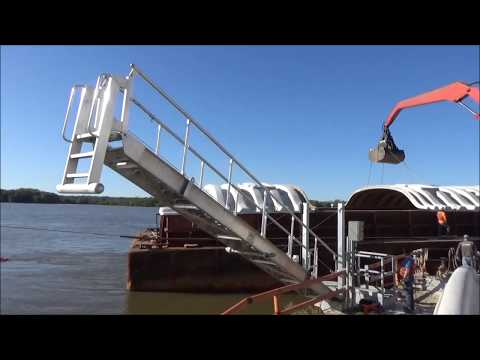 Marine Accommodation Ladders | Slewing Accommodation Ladder