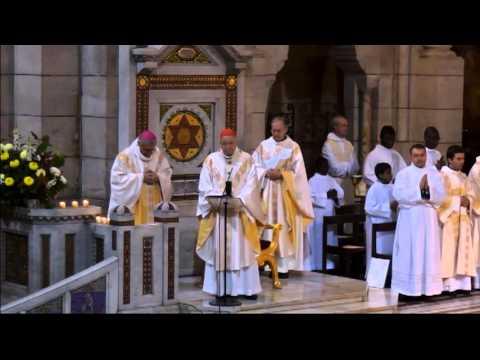 Messe de la Toussaint le 1er novembre 2013, présidée par le Cardinal André VINGT-TROIS