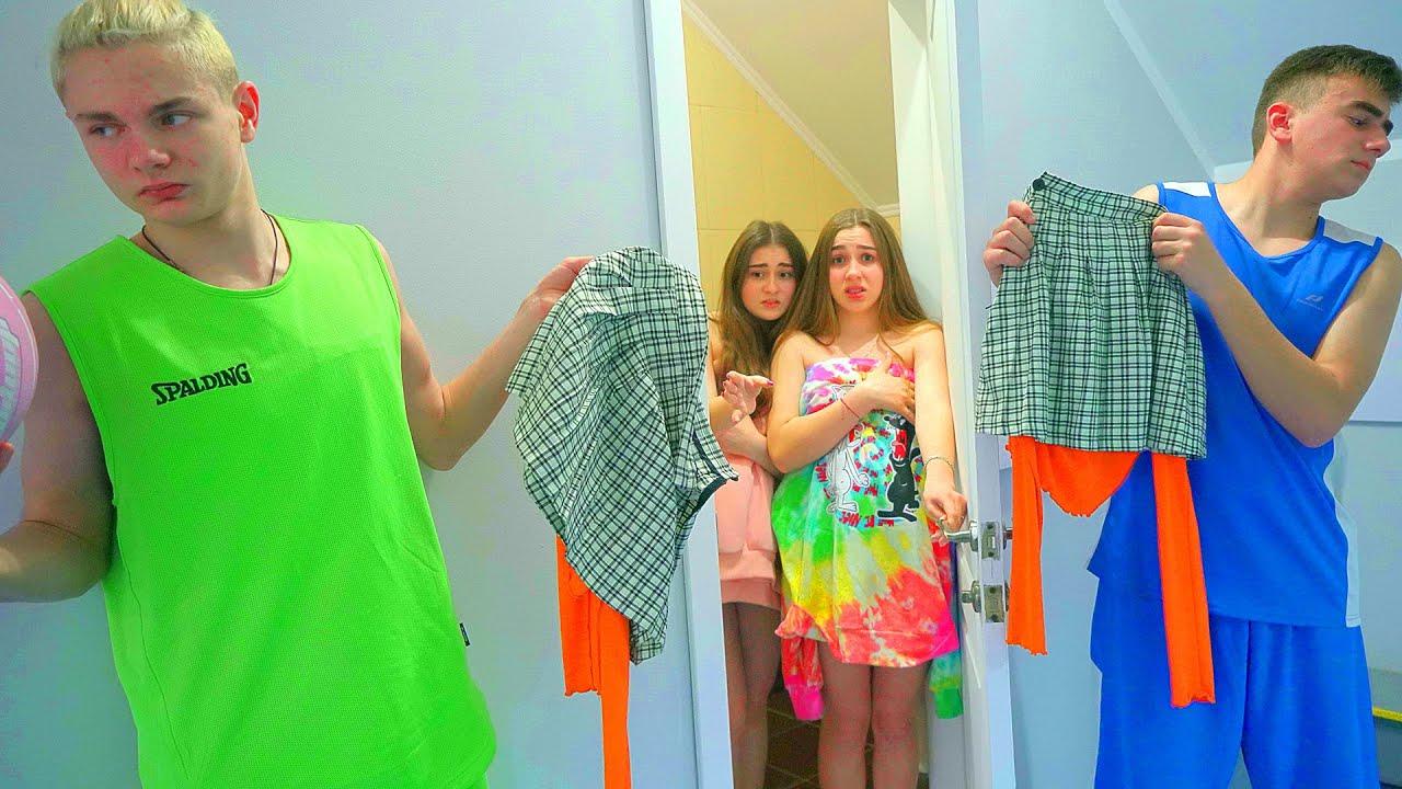 ¡Los niños de la escuela han robado la ropa de las Cheerleaders! ¿Quién salvará a Diana?