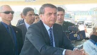 Bolsonaro comenta embaixada brasileira nos EUA e Lei de Abuso de Autoridade
