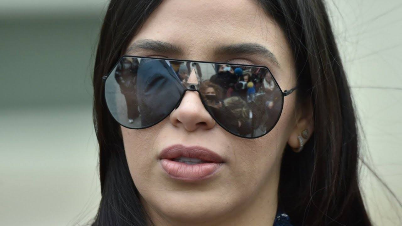 the truth about el chapo u0026 39 s stunning wife