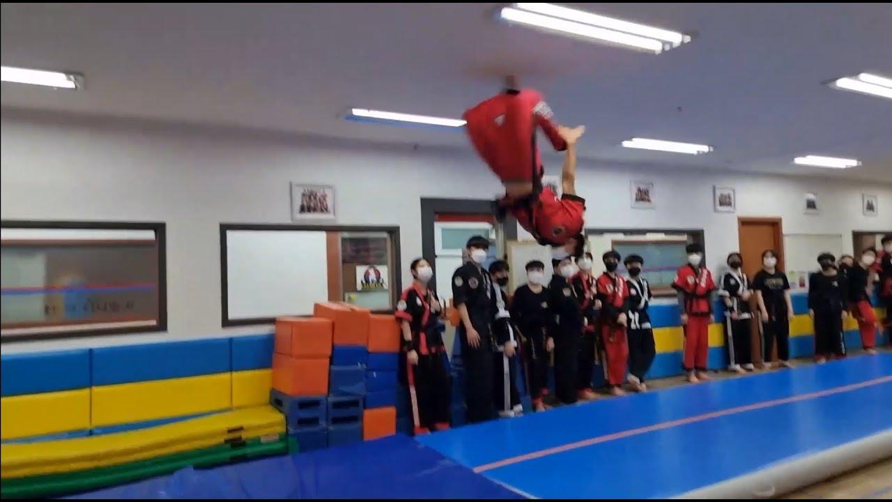 5월체조~멋진아이들^^  May martial arts training!! Cool students.