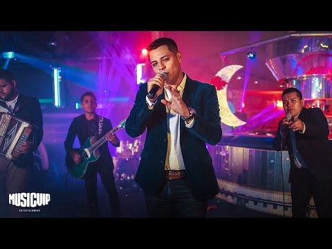 Grupo Firme  – Pideme – (Official Music Video)