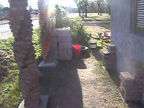 Mis columnas salomonicas del frente de casa que for Frentes de casas