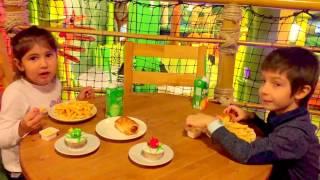 VLOG ЭНГРИ БЕРДЗ парк Развлечения и аттракционы для детей ANGRY BIRDS Park
