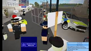 Royal Military Police VS Metropolitan Police Riot Training-Roblox!
