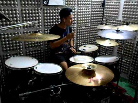 Asking AlexandriaRight Now Na Na Na)(Akon cover) Drum cover