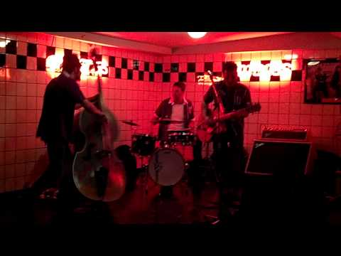 Buffalo Billys en Trixie 28/12 Rock A Beatin Boogie Cover