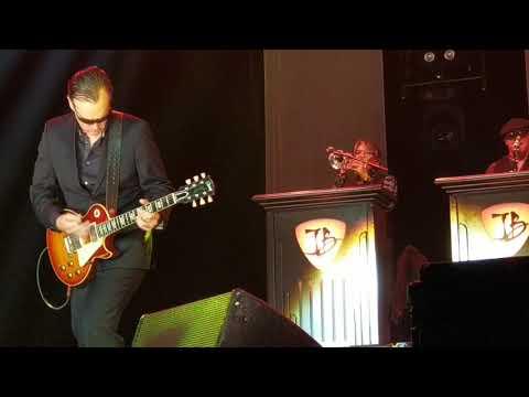 Joe Bonamassa - Evil Mama (08.10.2018, Ratiopharm Arena, Neu-Ulm)