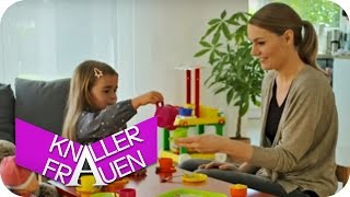 Children\'s games [subtitled] | Knallerfrauen with Martina Hill