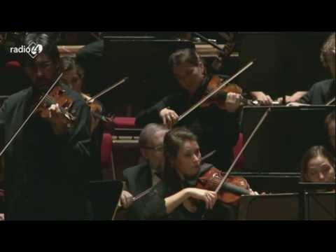 Tchaikovsky: Violin Concerto in D major - Leonidas Kavakos, Karel Mark Chichon (HD 1080p)