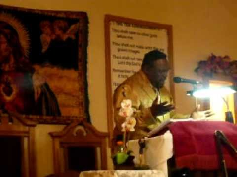 BISHOP M.E. MUNGRO  GRACE TEMPLE HOLINESS 007.MOV