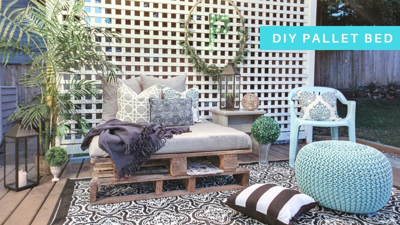 - DIY PALLET DAYBED! - YouTube