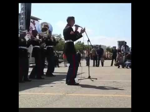 Soldier sings Loseyourself