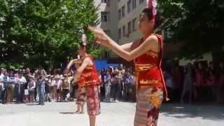 Yapong dance