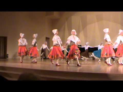 Старинный французский танец