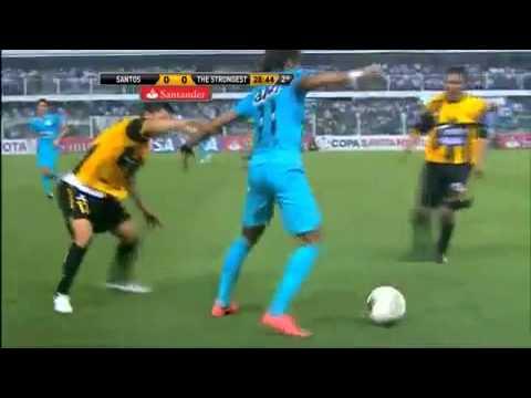 Neymar Abusa De Dribles e Apanha De Bolivianos - Santos 2x0 The Strongest