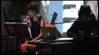 """2011年12月13日新宿ブルックリンパーラーにて、「篠山紀信""""digi+KISHIN""""..."""