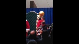 USA SOLDIER SURPRISES 6YR OLD SON FOR CHRISTMAS