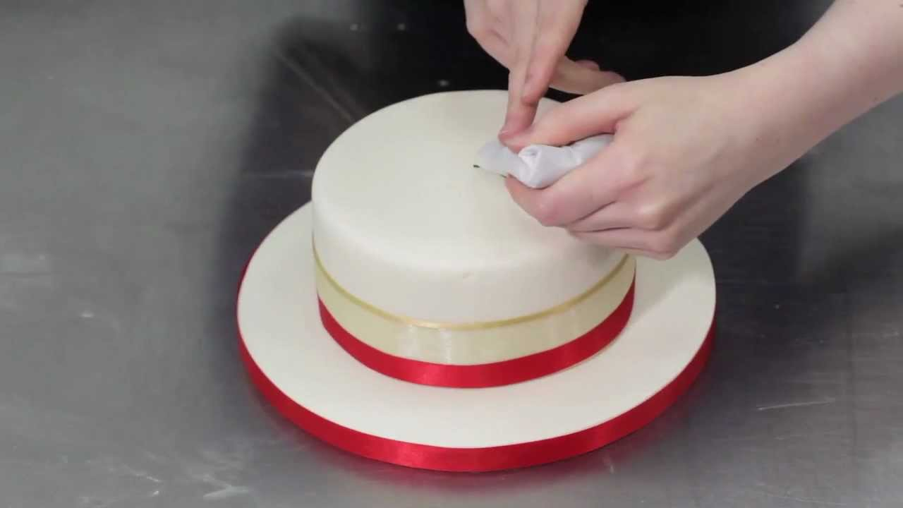 Attirant How To Decorate A Beautiful Christmas Cake   YouTube