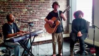 "Keller Williams ""This Must Be The Place (Naive Melody)"" Live at KDHX 3/7/14"