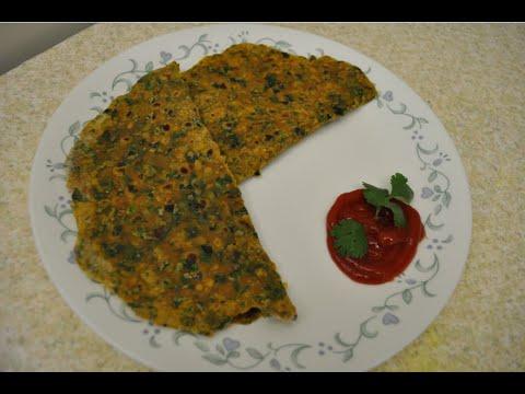Palak Paratha / Spinach Paratha Recipe