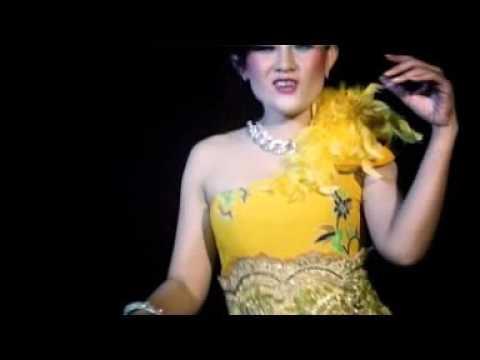 Rini Ratu Aki Aki Bedegong cip.Adi Denada