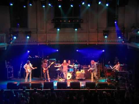 The Black Crowes - Henry Fonda Music Box Theater, Los Angeles, CA 2005-10-23 (full show, audio only)